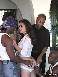 wet black big ass mom showing cunt